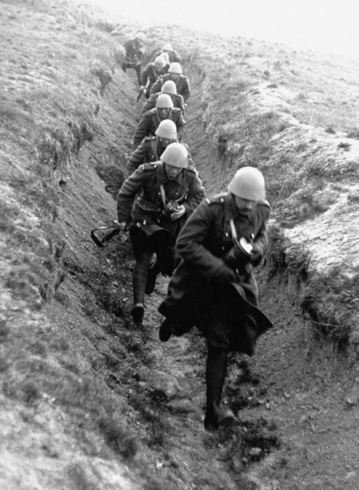 Czechoslovak soldiers 1938