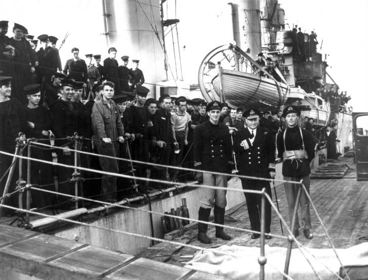 Canadian Assiniboine destroyer
